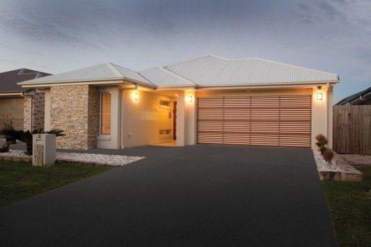 ... B\u0026D Design-A-Door® Panelift Garage ... & Easylift Garage Doors Sydney | Automatic Roller Doors | Door Openers ...